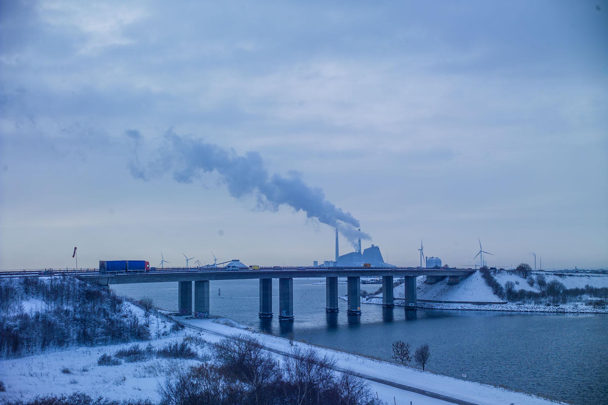 Amagerbroen, der forbinder amager med sjællandssiden af København.