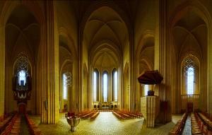 Interior/ skriftestolen i Grundvig Kirke eller Grundtvig church.