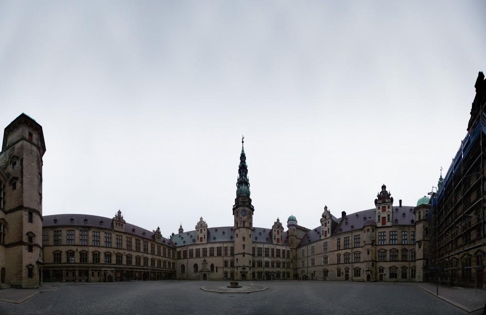 Panorama - Kronborg, set indefra gården